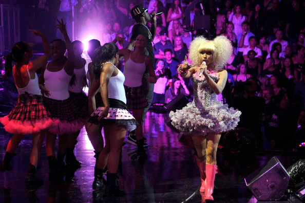 "Nicki Minaj Performing ""Y.U.Mad"", ""Moment 4 Life"" & ""Super Bass"" at iHeartRadio Music Festival 4"