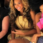 Vera Wang- Beyonce & Solange at Spring 2012 Mercedes-Benz Fashion Show 5