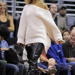 Rihanna Attends L.A. Clippers Game Bleached Blonde