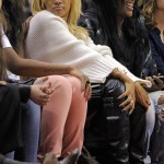 Rihanna Attends L.A. Clippers Game Bleached Blonde 3