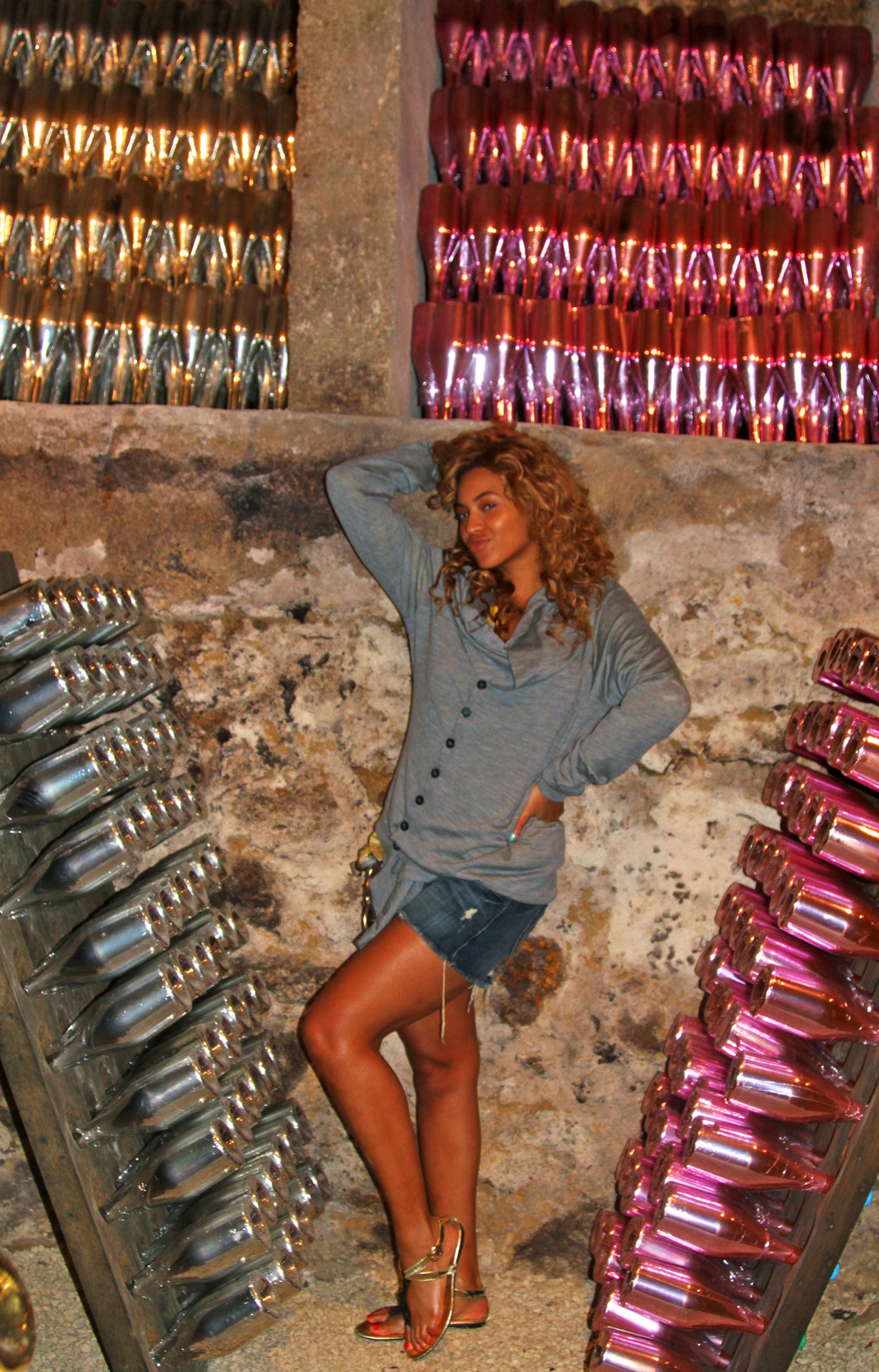 Apr 5 2012 in beyonce debuts tumblr page with countless photos