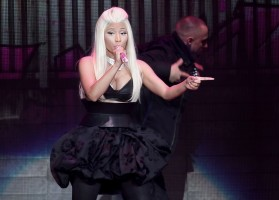 Nicki Minaj, Lil' Wayne & Miguel 2013 Billboard Awards Performances