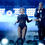 beyonce-jay-z-gets-drunk-in-love-at-grammys-2014-performances- beyonce and jay-z 2