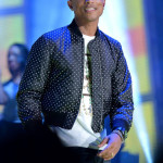 pharrell-takes-stage-with-nelly-snoop-dogg-diddy-busta-rhymes-at-nba-allstar-8
