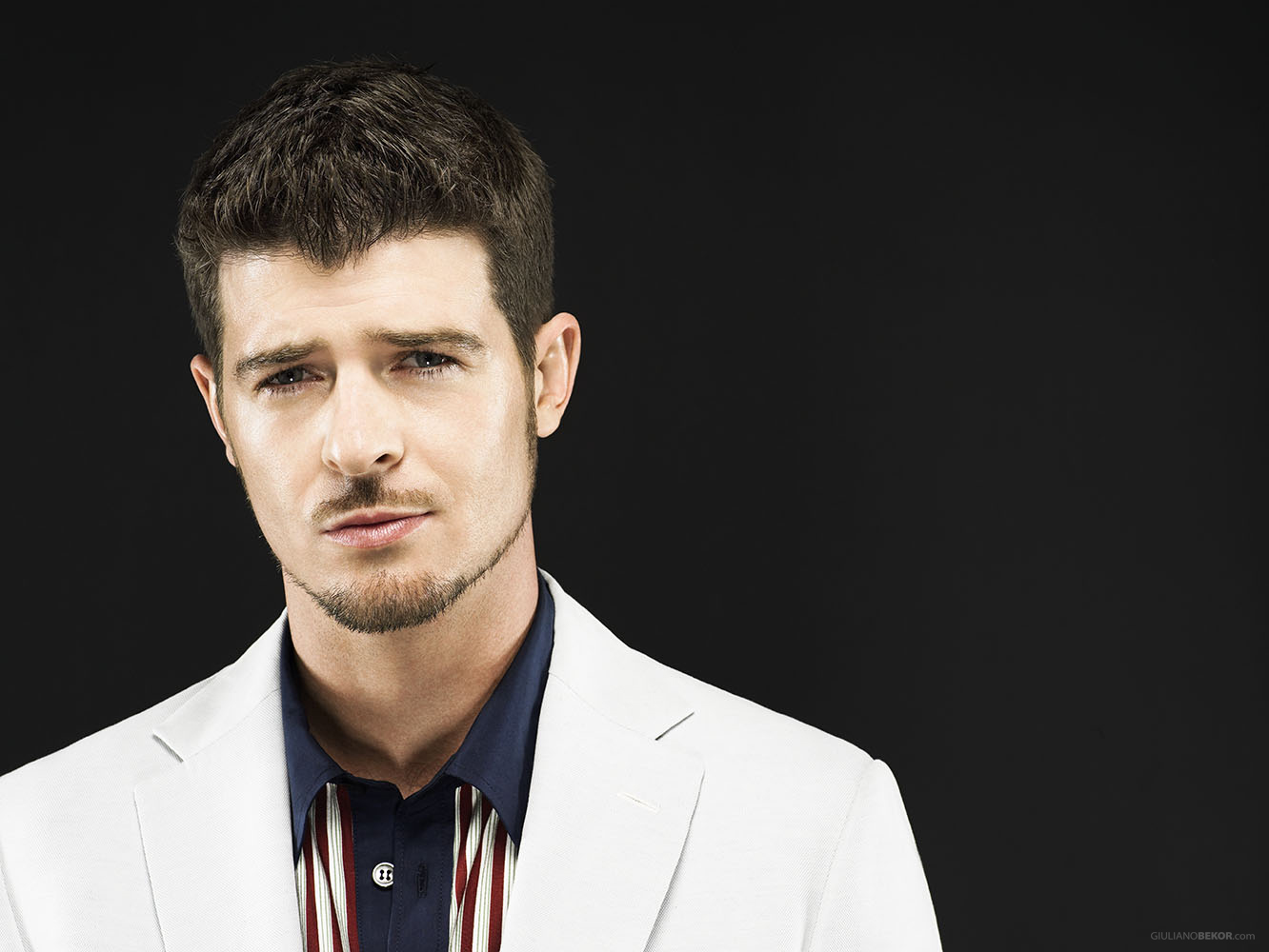 With whom robin thicke dating right now find out his affair and although nvjuhfo Image collections