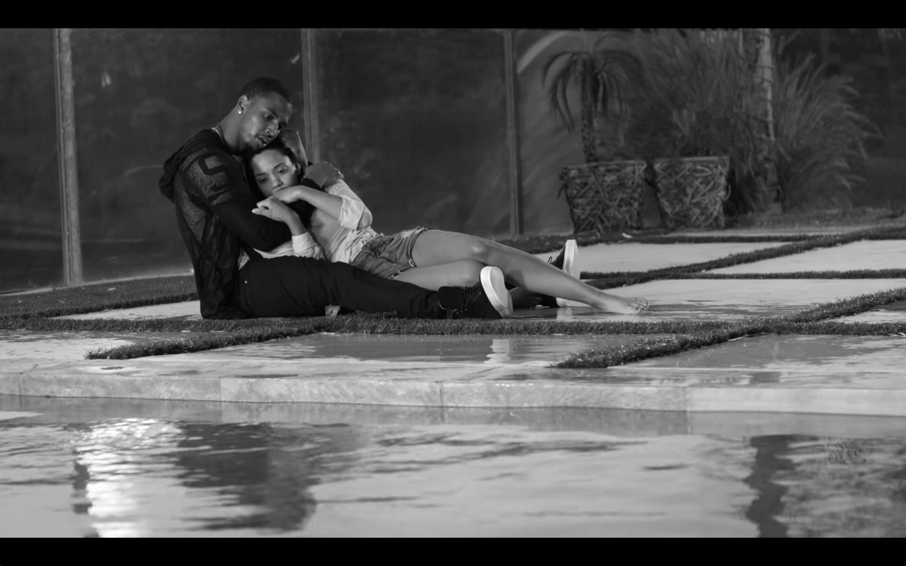 "Trey Songz – ""Smartphones"" Music Video – YaddaLife.com"